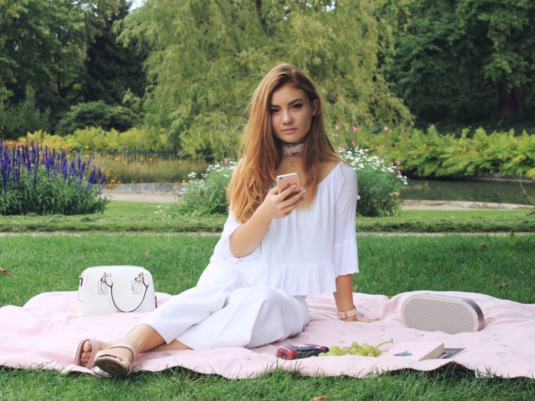 juliana-chow-dali-speakers-play-katch-campaign-instagram-social-technology-fashion-copenhagen-london-blog-blogger1